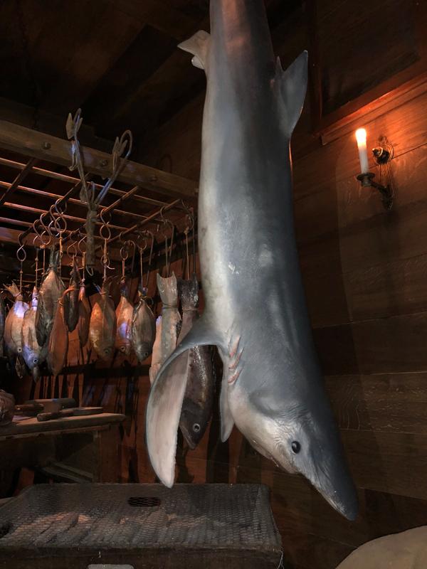 faux requin grandeur nature en résine